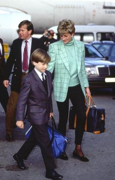 Princess Diana arrives with Prince William at Zurich Airport for a skiing holiday in Lech, Austria, March 26, 1993.