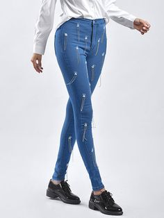 Women Sexy Denim Chain Fringe Denim Pants - Power Day Sale#chicfashion #chicloveres #chicoutfits #chicstyle #Bohochic #OOTD #expressyourself Blue Fashion, Colorful Fashion, Denim Fashion, Leopard Fashion, Cute Fall Outfits, Chic Outfits, Fashion Outfits, Fashion Wear, Womens Fashion