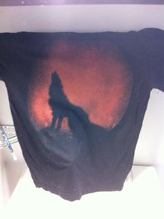 """Howling Wolf Tshirt - CLOTHING"" A bleach stencil refashion :D"