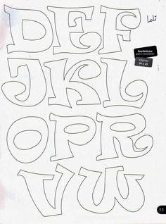 Risultati immagini per letras en goma eva Hand Lettering Fonts, Lettering Styles, Graffiti Lettering, Embroidery Designs, Applique Designs, Bubble Letter Fonts, Doodle Alphabet, Alphabet Stencils, Different Lettering