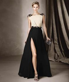 New Arrivals Shop gorgeous evening dresses at Vbridal. Find 2020 latest style evening gowns and discount evening dresses up to off. We provides huge selection of Cheap evening dresses for your choice. Short Dresses, Prom Dresses, Formal Dresses, Wedding Dresses, Party Dresses For Women, Elegant Dresses, Pretty Dresses, Mode Glamour, Mode Inspiration