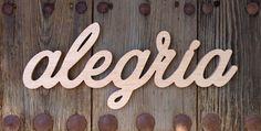 Palabra de madera: Alegría por palabrelio en Etsy