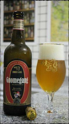 Cerveja Gnomegang, estilo Belgian Blond Ale, produzida por Ommegang Brewery, Estados Unidos. 9.5% ABV de álcool.