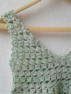 Crochet Motif, Crochet Designs, Crochet Stitches, Crochet Top, Knitting Patterns, Crochet Patterns, Crochet Summer Tops, Crochet Cardigan, Crochet Fashion