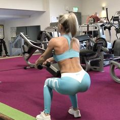 "3,457 Likes, 93 Comments - Melissa Machale (@melissa_machale) on Instagram: ""Booty workout for those trying to build those glutes, tag a gym buddy and give it a try 🍑🔥 1️⃣smith…"""