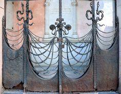 Barcelona - Cementiri Poblenou 006 by Arnim Schulz, via Flickr