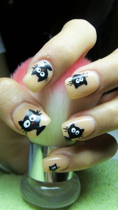 Cartoon nails (kitten)