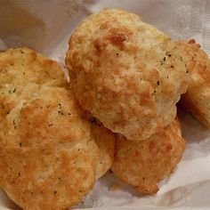 Secret Copycat Restaurant Recipes – Red Lobster's Cheddar Bay Biscuits Recipe