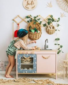 Ikea duktig play kitchen, seeds and po grey blue wallpaper, Ikea hack Ikea Kids Kitchen, Kitchen Hacks, Girls Play Kitchen, Ikea Nursery, Ikea Hack Bedroom, Nursery Rugs, Nursery Ideas, Toy Rooms, Kids Corner