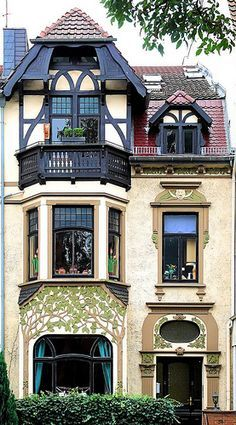 one possible facade for row houses of Great windows and carvings Art nouveau architecture Architecture Art Nouveau, Beautiful Architecture, Beautiful Buildings, Art And Architecture, Architecture Details, Art Deco, Art Nouveau Design, Design Art, Facade Design