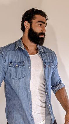Hairy Hunks, Hairy Men, Bearded Men, Beard Styles For Men, Hair And Beard Styles, Gym Guys, Mustache Styles, Latino Men, Beard Model