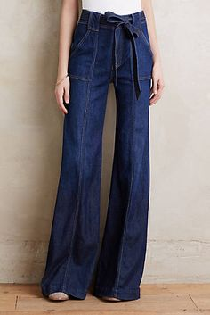 7 For All Mankind Palazzo Jeans Dark Denim 24 Pants- Just in must-see picks at Anthropologie. Denim Fashion, Look Fashion, Fashion Pants, Fashion Outfits, Womens Fashion, Basic Outfits, Cool Outfits, Casual Outfits, Estilo Jeans