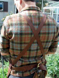 Cuero bolsillos Super lujo de delantal por CyclonaDesigns en Etsy