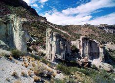 Cañon del Atuel - Argentina   Cañon del Atuel, San Rafael, A…   Flickr Mendoza, Canon, San Rafael, Mount Rushmore, Mountains, Nature, Travel, Places To Visit, Argentina
