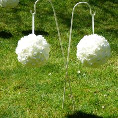Rose pomander balls with diamantes to add a stunning backdrop when grouped together