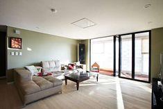 homify / housetherapy: Urban Morden House: housetherapy의 거실