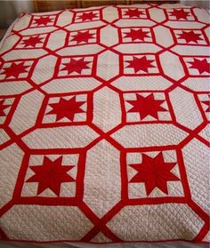 love a red and white quilt