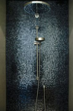 Gäste Wc Badkamer Deluxe: Moderne Badezimmer von Grego Design Modern Tips To Look And Feel Confident Modern House Design, Modern Interior Design, Contemporary Interior, Bathroom Interior Design, Interior Decorating, Studio Interior, Decorating Games, Decorating Websites, Mosaic Shower Tile