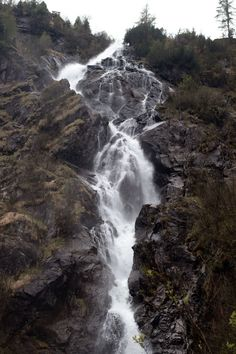 Steirischer Bodensee – Ein lohnender Spaziergang… Germany, Water, Outdoor, Mountain Landscape, Waterfall, Explore, Photographers, Fall, Gripe Water