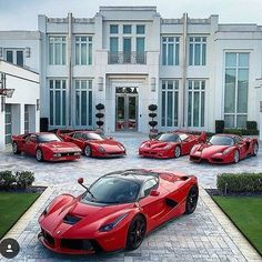 Ferrari LaFerrari (in front), Ferrari 288 GTO (far left), Ferrari F40 (center left), Ferrari F50 (center right), Ferrari Enzo (far left)