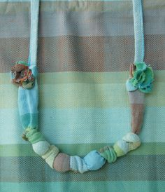 Wrap Scrap Teething Treasure necklace from Girasol Donau!