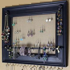 Large Painting Frame Style Wall Jewelry Organizer / Display Rack Holder - Diy Home Decoration Diy Jewelry Unique, Diy Jewelry To Sell, Stylish Jewelry, Jewelry Making, Wall Organization, Jewelry Organization, Large Painting, Painting Frames, Jewellery Storage
