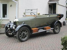 Vintage Cars 1925 Morris Cowley Tourer Chassis no. 101623 Engine no. Classic Cars British, British Sports Cars, Old Vintage Cars, Antique Cars, Vintage Items, Automobile, Wooden Toy Cars, Under The Hammer, Mg Cars