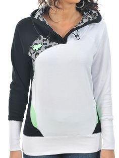 Check out the Fox Black Extinct Womens Hoody, available now at FreestyleXtreme Country Outfits, Fall Outfits, Kids Outfits, Casual Outfits, Cute Outfits, Fox Racing Clothing, Dc Clothing, Fox Sweater, Swagg