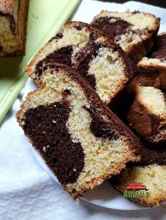 Checul cu cacao este un chec pufos, irezistibil ce se preparara foarte usor. puteti sa adaugati miez de nuca, fructe , merisoare sau bucatele de ciocolata pentru un plus de gust!