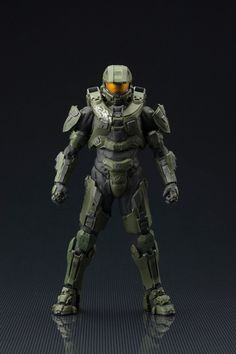 Coming from Kotobukiya. It's The Halo ArtFX+ Statues - Halo 4 Master Chief Edition. Kotobukiya brings Halo to their ArtFX+ lineup of scale statues with none other than the Master Chief himself! A fi Master Chief Armor, Halo Master Chief, Master Chief Cosplay, Halo Spartan, Halo Armor, Halo Game, Halo 7, Midtown Comics, Iron Man Armor