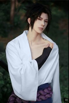 Sasuke!!!! Hire this guy for a live action. I don't care if he may or may not speak JAPANESE!