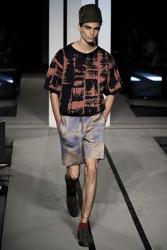 See the complete Robert Geller Spring 2015 Menswear collection.