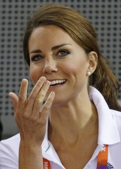 Duchess Kate: Kate in Team GB Shirt for Cycling at Velodrome