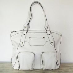 White Leather Tote Handbag Shoulder Bag  Magui L.  by ChicLeather