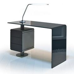 Mano Manicure Table from Gharieni