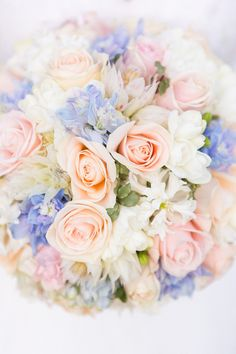 Photography: Studio Impressions | Floral Design: Hyde Roses