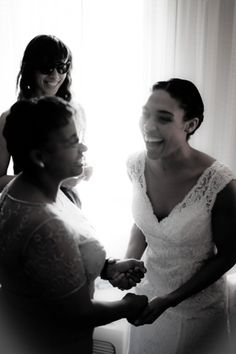 The Sheer Excitement On This Bride S Face Is Priceless Photo Credit Peach Blossom Photography Southern Weddings Via Lover