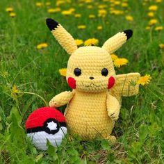 Pokemon Crochet Pattern, Pikachu Crochet, Crochet Animal Patterns, Crochet Patterns Amigurumi, Crochet Animals, Amigurumi Toys, Crochet Ideas, Pattern Cute, Handmade Toys