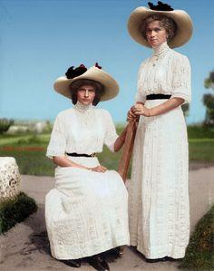 Grand Duchesses of Russia Olga and Tatiana Romanov   by klimbims..