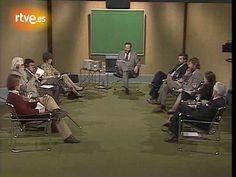 La Clave. José Luis Balbín  Recuerdo perfectamente la inquietante musiquilla de la cabecera del programa. AQUÍ:   http://www.rtve.es/alacarta/videos/la-clave/sintonia-clave/1131374/
