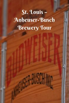 St. Louis, Missouri may be renowned for many things including the St. Louis Cardinals MLB team, the St. Louis Zoo and of course the spectacular architectural design of the Gateway Arch but for me the most iconic reason for visiting the 'Gateway to the West' is the Anheuser-Busch Brewery – Home of Budweiser!