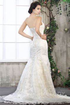 Fantastic Trumpet-Mermaid Sweetheart Court Train Lace Wedding Dress CWZT13031#Cocomelody#weddingdresses#bridalgown#