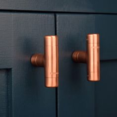 Modern Copper T Knob. Contemporary Drawer Pull, Handle, Knob. Cabinet knob, Kitchen Cabinet knob. Kitchen Door Pull. by ProperCopperDesign on Etsy https://www.etsy.com/uk/listing/269726677/modern-copper-t-knob-contemporary-drawer