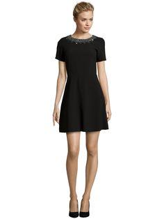 Laona Cocktailkleid mit Ziersteinbesatz | Das kleine Schwarze - La petite Robe noir - The little black Dress