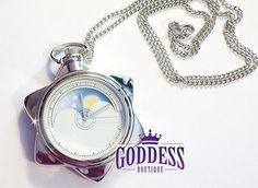 Image of Sailor Moon Crystal Tuxedo Mask Manga Star Locket Pocket Watch Necklace Cosplay Sailor Moon Crystal, Sailor Moon Locket, Sailor Moon Jewelry, Pocket Watch Necklace, Bracelet Watch, Moon Watch, Tuxedo Mask, Silver Lockets, Cosplay