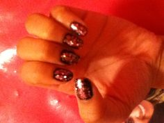 Not so girly and not so emo Pretty cute !...Did them myself☺