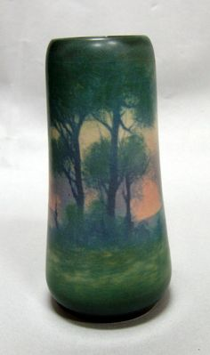◭ Penchant for Pottery ◮ Rookwood pottery 1920 scenic vellum vase, Edward Hurley Antique Pottery, Ceramic Pottery, Pottery Art, Weller Pottery, Earthenware, Stoneware, Rockwood Pottery, Craftsman Clocks, Vintage Vases