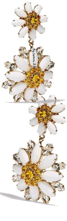 D&G Yellow Fashion, Floral Fashion, Color Fashion, Daisy Love, Daisy Daisy, Heinrich Heine, Shades Of Yellow, You Are Beautiful, Yellow Flowers