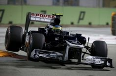 Senna gets gearbox penalty after qualifying crash at Singapore