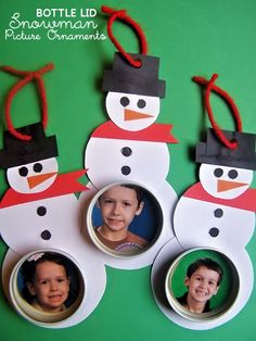 DIY Bottle Lid Snowman Photograph Ornaments. A free tutorial for how to put all those lids and caps to good use on the Christmas tree!